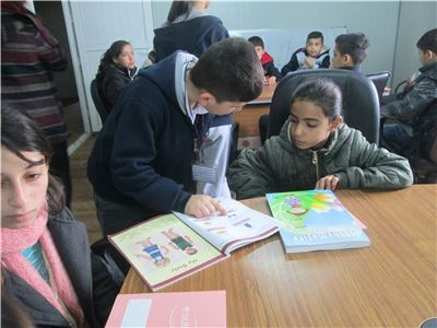 Zakho Prefects Donate Books to Library