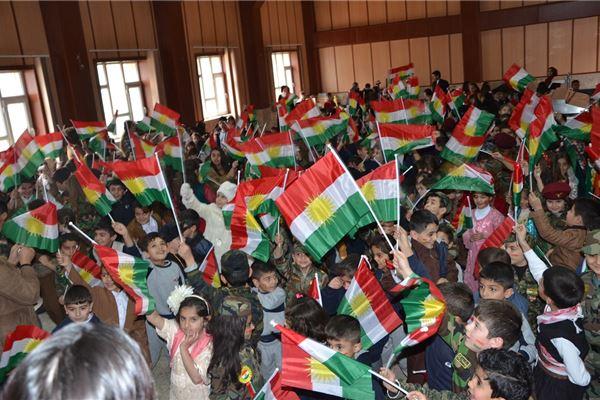Zakho Students Celebrate Kurdish Flag Day