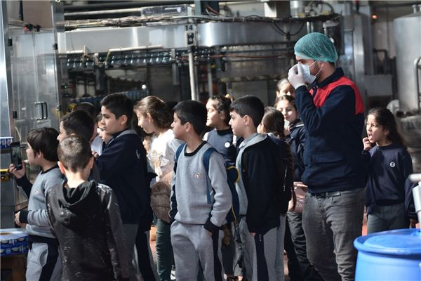 ZAKHO STUDENTS VISIT WATER FACTORY