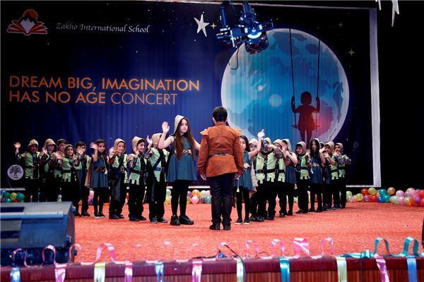 Students at Zakho International School Perform at Annual Spring Concert