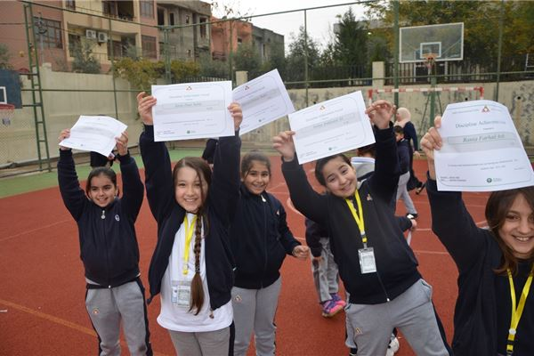 ZAKHO IS ALL GRADES STUDENTS RECEIVE NO INFRACTION CERTIFICATE