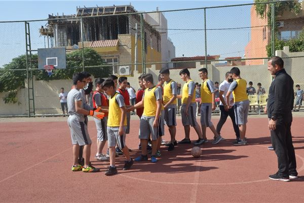 ZAKHO IS GR.5 TO GR.9 STUDENTS ENJOY A FOOTBALL COMPETITION