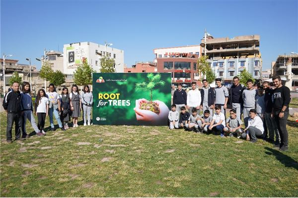 ZAKHO IS GR.6 STUDENTS ENJOY PLANTING TREE CAMPAIGN