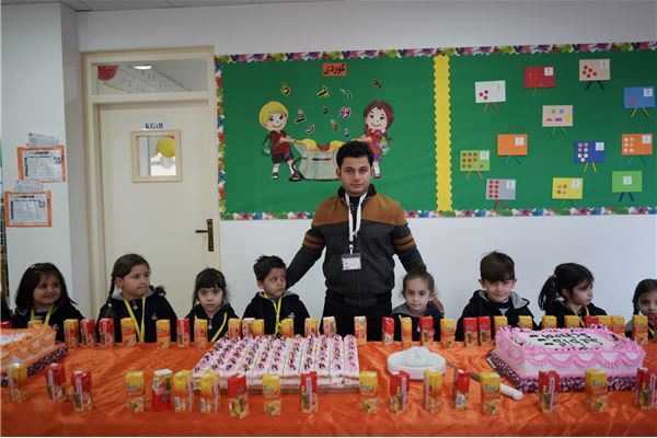 ZAKHO IS KG.1 STUDENTS ENJOY A WELCOME PARTY