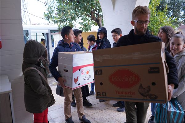 ZAKHO IS GR.4 TO GR.7 STUDENTS VISIT ORPHAN CARE CENTER